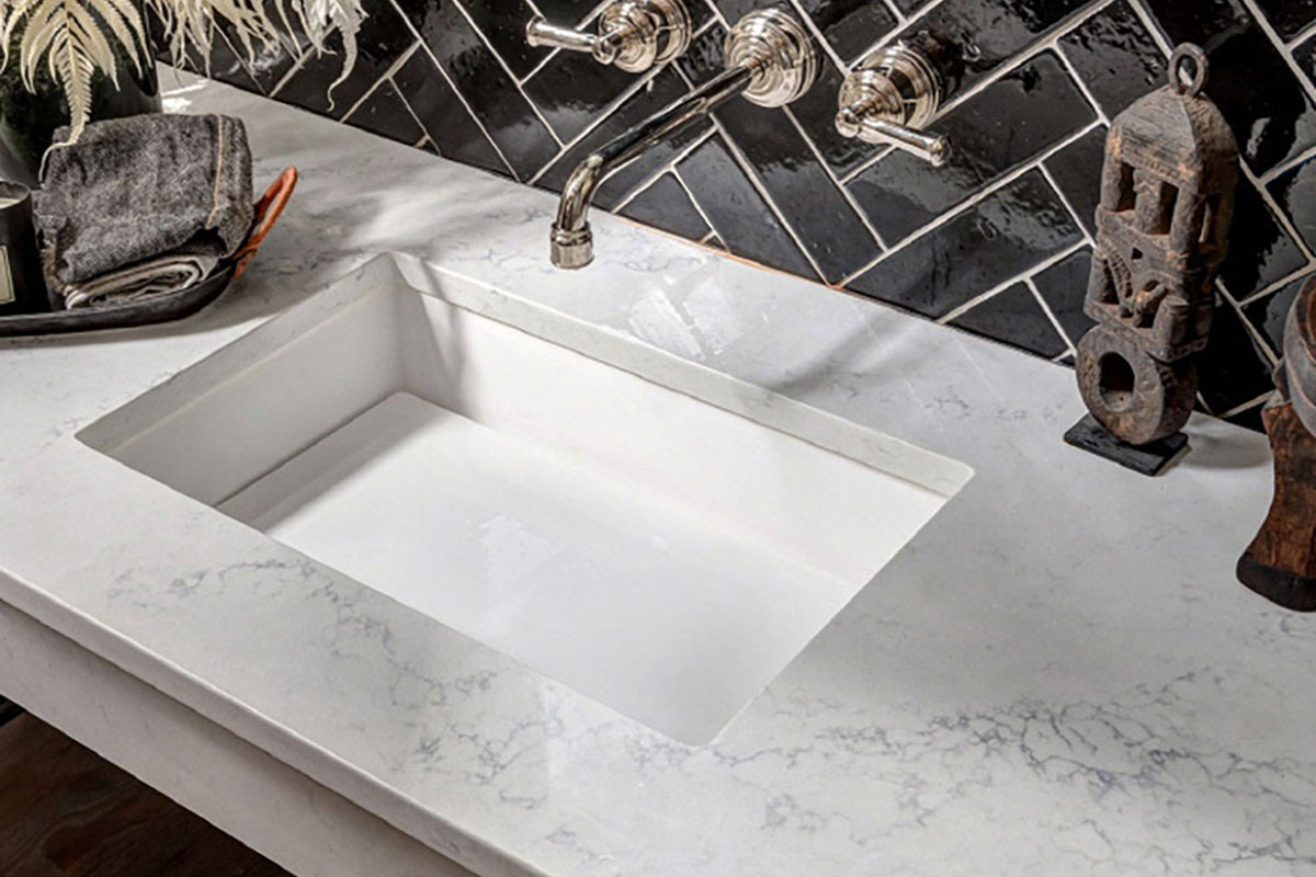 LG Viaterra Quartz Bath